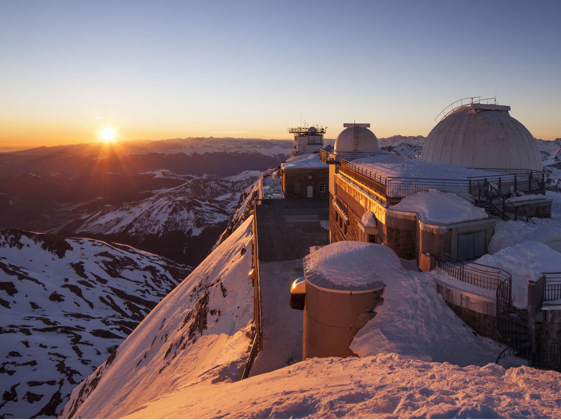 observatoire-du-pic-du-midi-de-bigorre-hautes-pyrenees