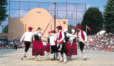 danse-pays-basque-2