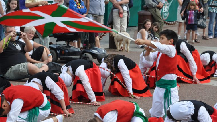 photo_danse_basque_socoa1